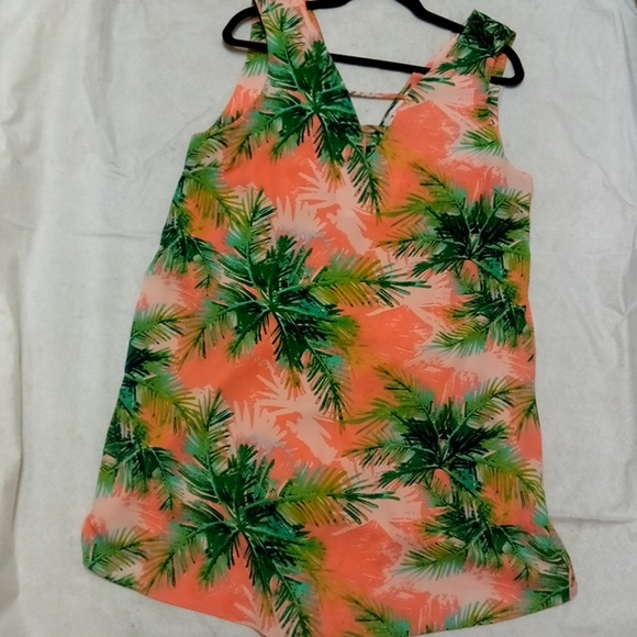 3/25Izzy and Lola palm tree summertime dress C3010